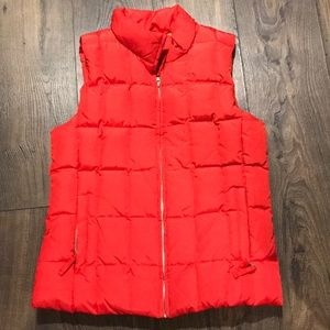 GAP red quilted vest